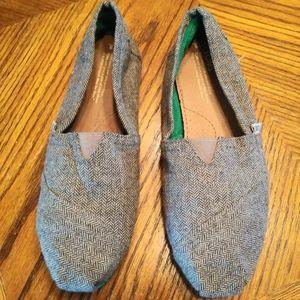 Tom's Gray & Black Tweed Loafers